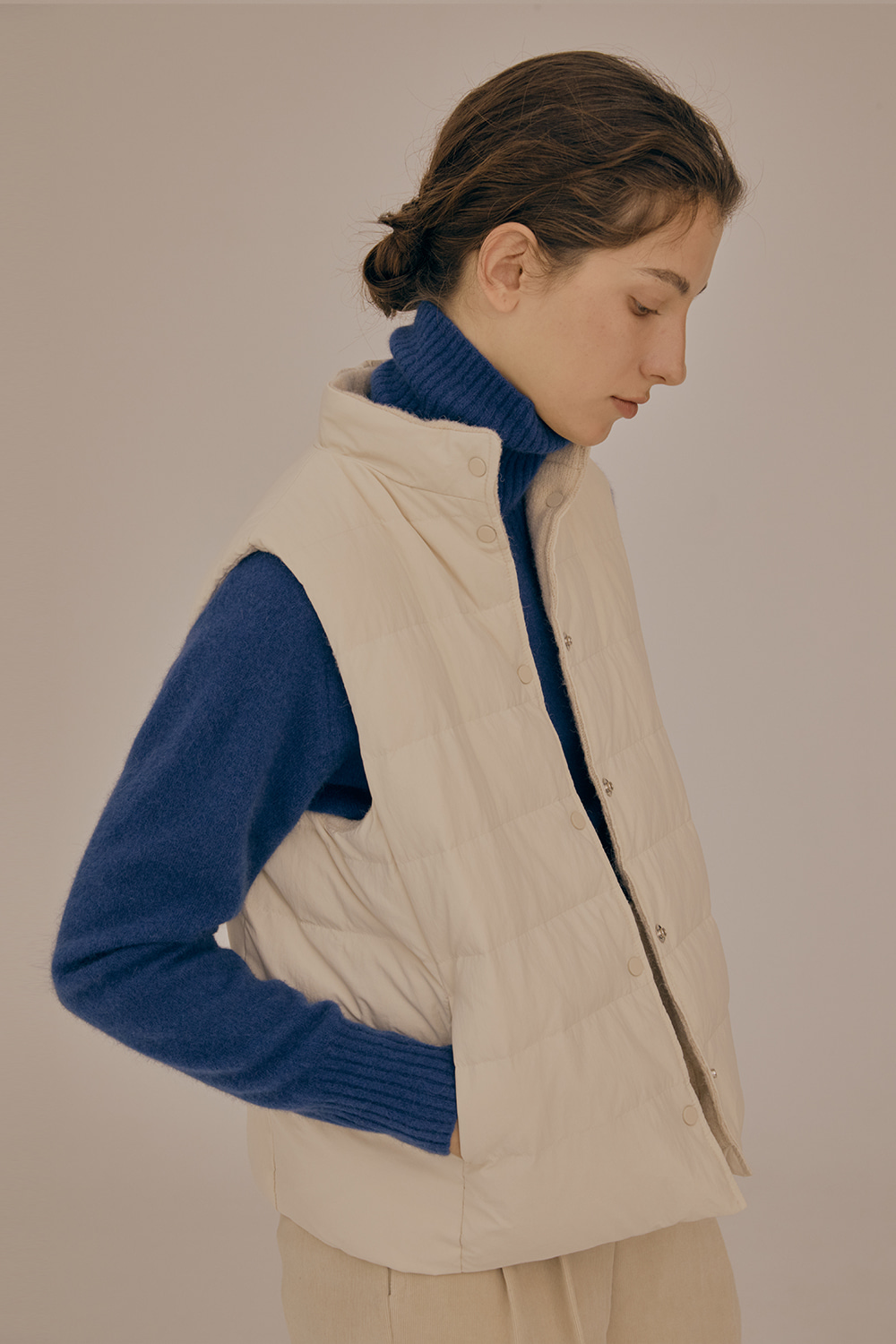 Rversible down vest_Ivory